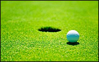 golfboll_vid_hål copy